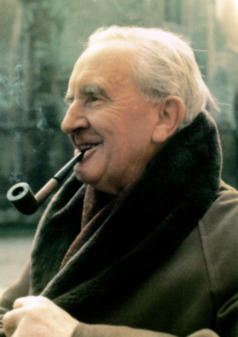 Club Band Tolkien tenia 75  J.r.r Tolkien